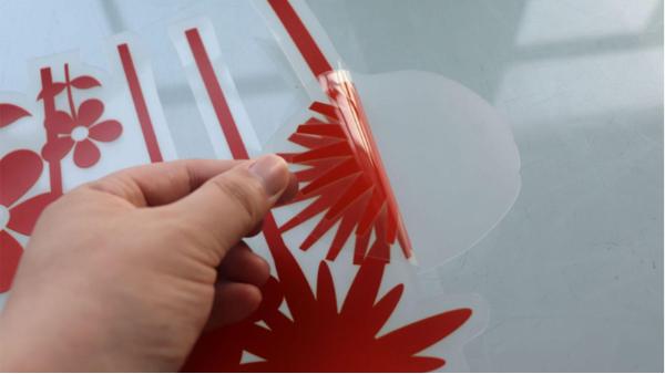 玻璃贴膜安装小技巧—让你分分钟贴好玻璃贴广告